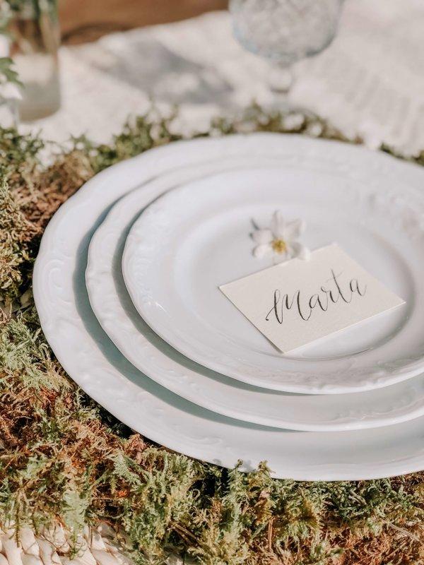 Lace pusdienu šķīvis