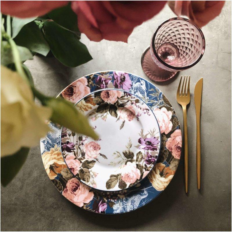 Garden Roses uzkodu • deserta šķīvis