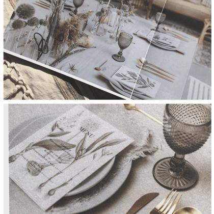 Clouds šķīvji + pelēkas Soho glāzes + Zeltīti galda piederumi / Baiba Prindule-Rence, Lind